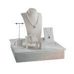 Vetrine per gioielli e gioiellerie | L'Astuccio di Guida Cosimo